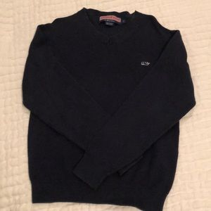 Vineyard Vines navy v neck sweater size 7